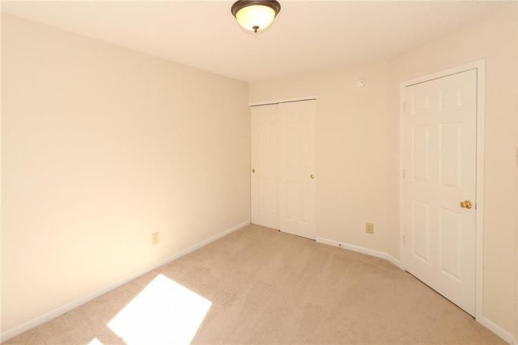 5706 Grassy Bank Drive Indianapolis, IN 46237   MLS 21673841   photo 21