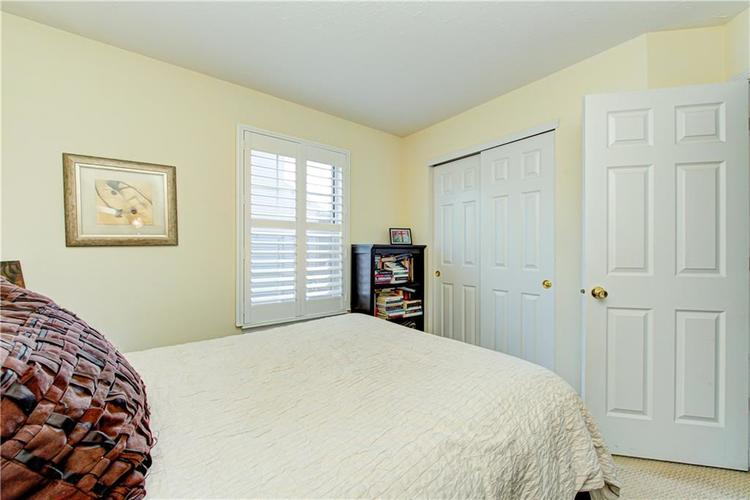 10853 Gate Circle Fishers, IN 46038 | MLS 21673890 | photo 26