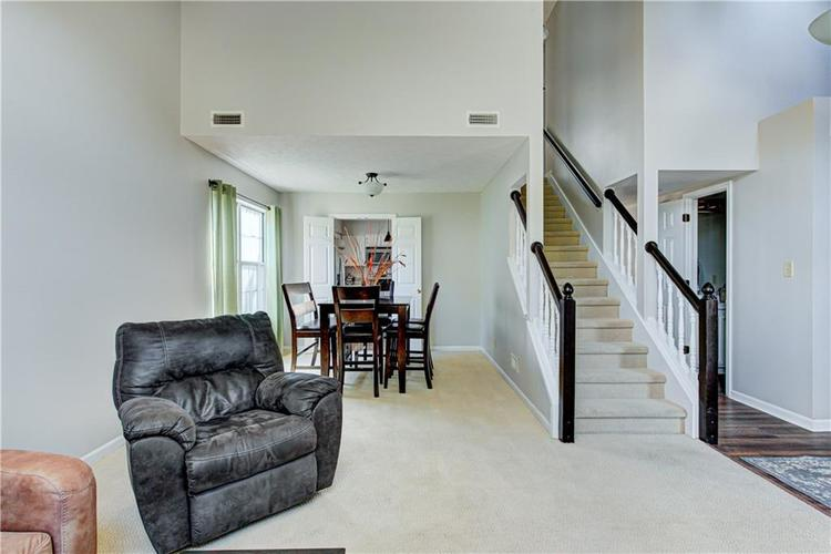 10853 Gate Circle Fishers, IN 46038 | MLS 21673890 | photo 5