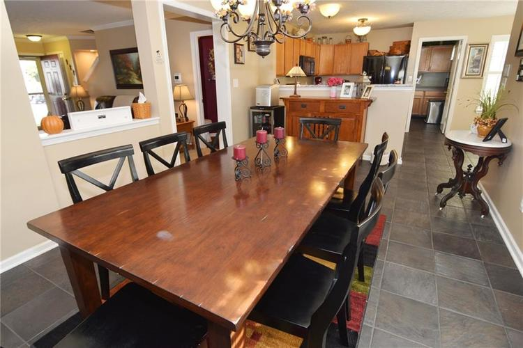 6623 Chambers Court Indianapolis, IN 46237 | MLS 21673904 | photo 16