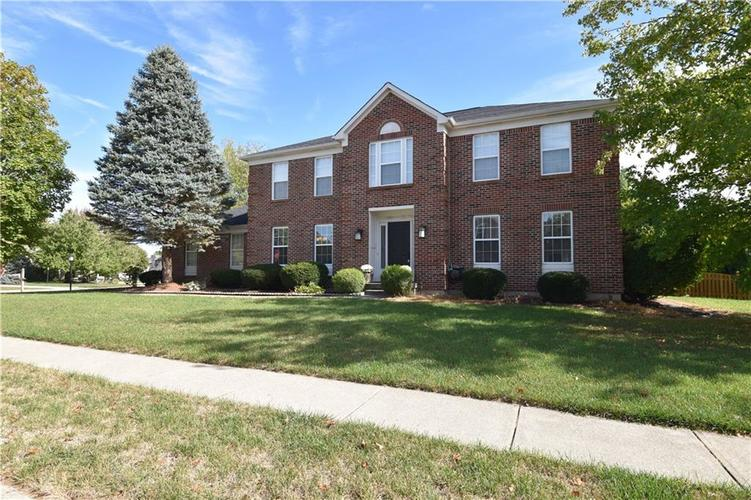 8359 Glen Highlands Drive Indianapolis, IN 46236 | MLS 21673909 | photo 1