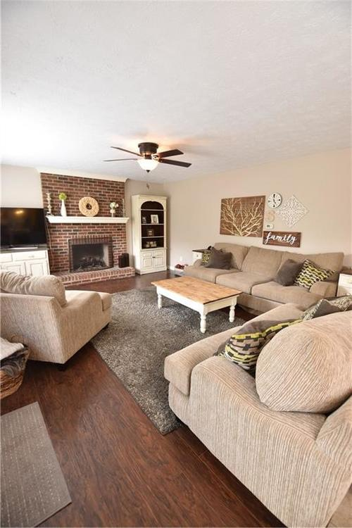 8359 Glen Highlands Drive Indianapolis, IN 46236 | MLS 21673909 | photo 10