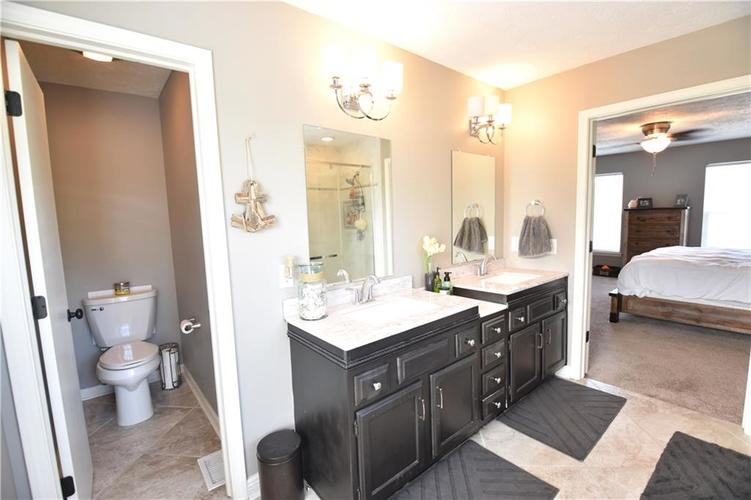 8359 Glen Highlands Drive Indianapolis, IN 46236 | MLS 21673909 | photo 22