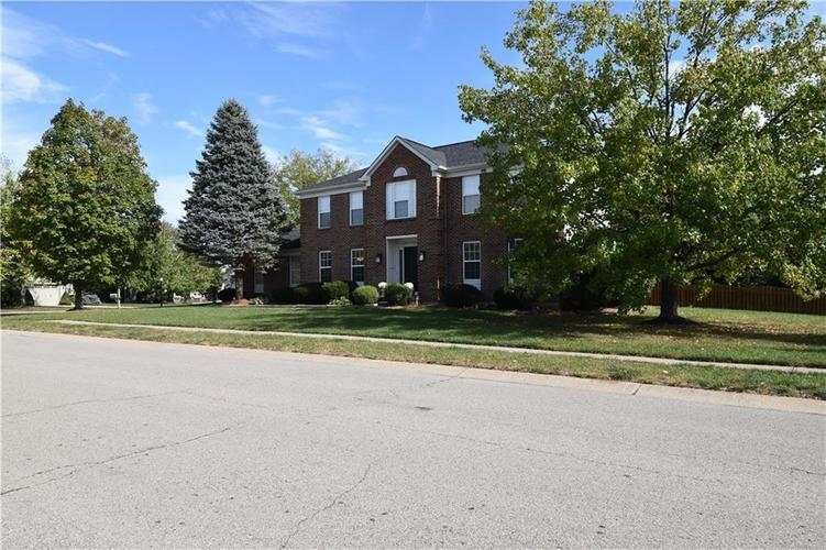 8359 Glen Highlands Drive Indianapolis, IN 46236 | MLS 21673909 | photo 38