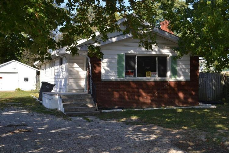 1824 S Emerson Avenue Indianapolis IN 46203 | MLS 21673929 | photo 1