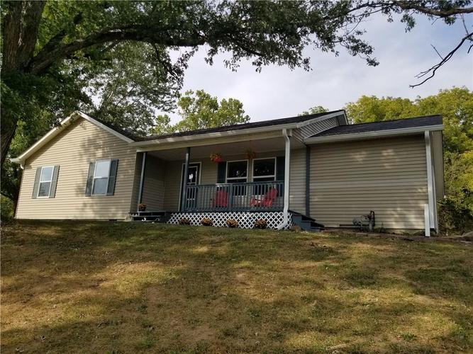 8582 A State Road 44 Martinsville, IN 46151 | MLS 21673945 | photo 1