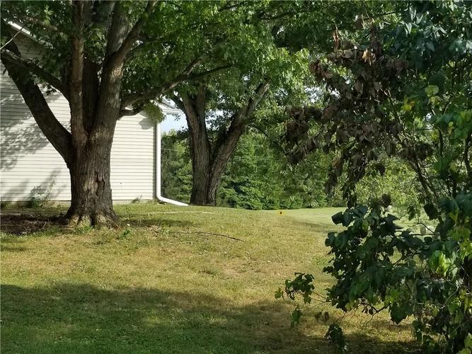 8582 A State Road 44 Martinsville, IN 46151 | MLS 21673945 | photo 2