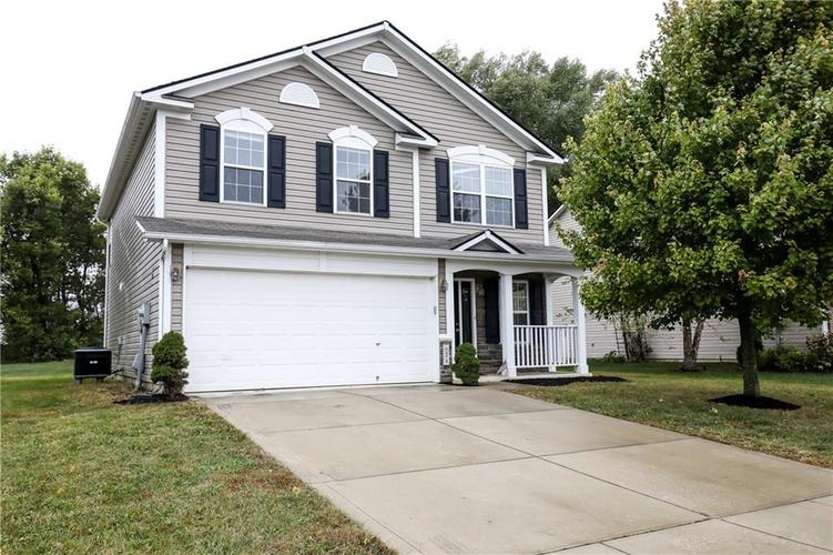 3472 FIRETHORN Drive Whitestown, IN 46075 | MLS 21673947 | photo 1