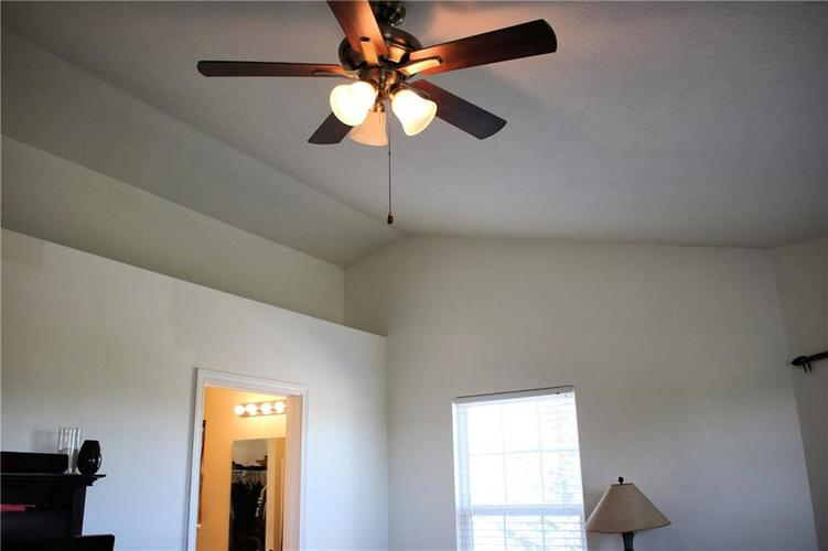 3069 Lodgepole Drive Whiteland, IN 46184 | MLS 21673987 | photo 11