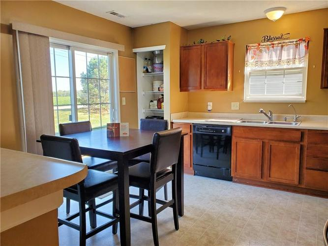 3069 Lodgepole Drive Whiteland, IN 46184 | MLS 21673987 | photo 3