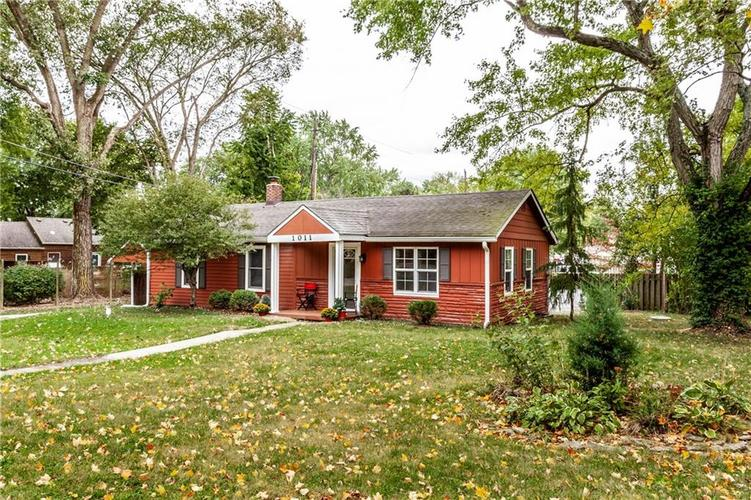 1011 E 75th Street Indianapolis, IN 46240 | MLS 21674034 | photo 2