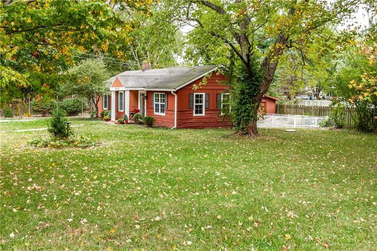 1011 E 75th Street Indianapolis, IN 46240 | MLS 21674034 | photo 4