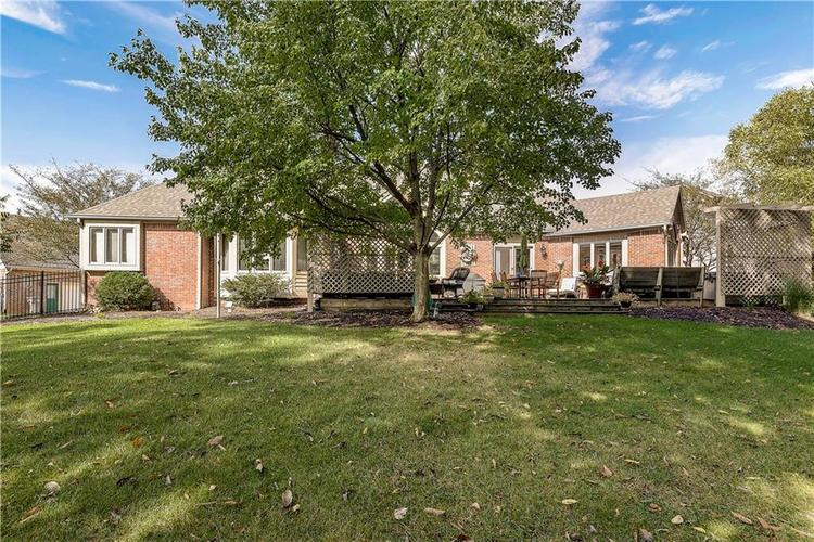 6415 Forrest Commons Boulevard Indianapolis, IN 46227   MLS 21674044   photo 4