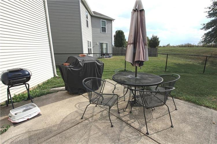 2176 Bridlewood Drive Franklin, IN 46131 | MLS 21674109 | photo 15