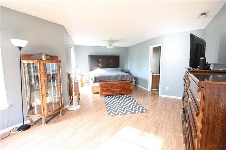 2176 Bridlewood Drive Franklin, IN 46131 | MLS 21674109 | photo 8