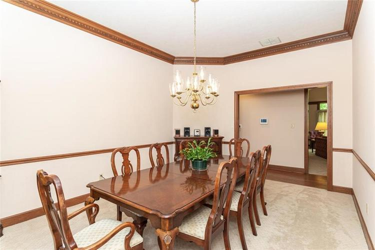 8131 Bounty Court Indianapolis, IN 46236 | MLS 21674127 | photo 10
