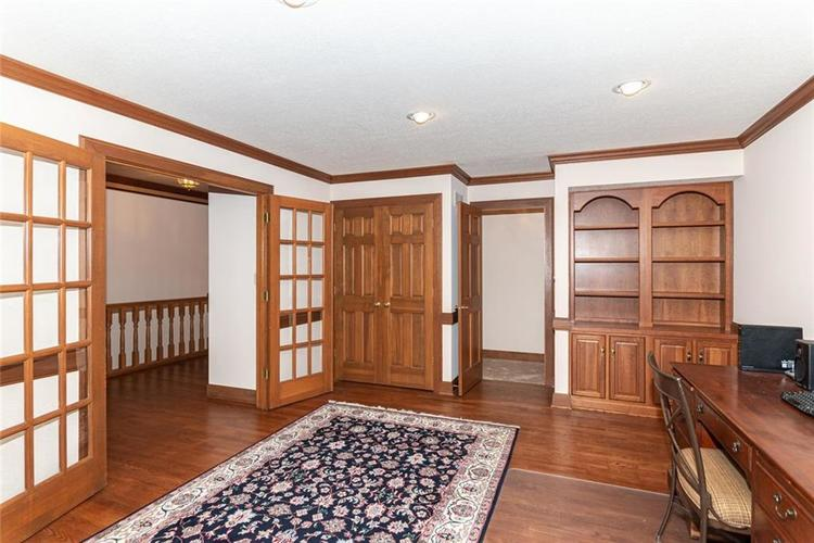 8131 Bounty Court Indianapolis, IN 46236 | MLS 21674127 | photo 12