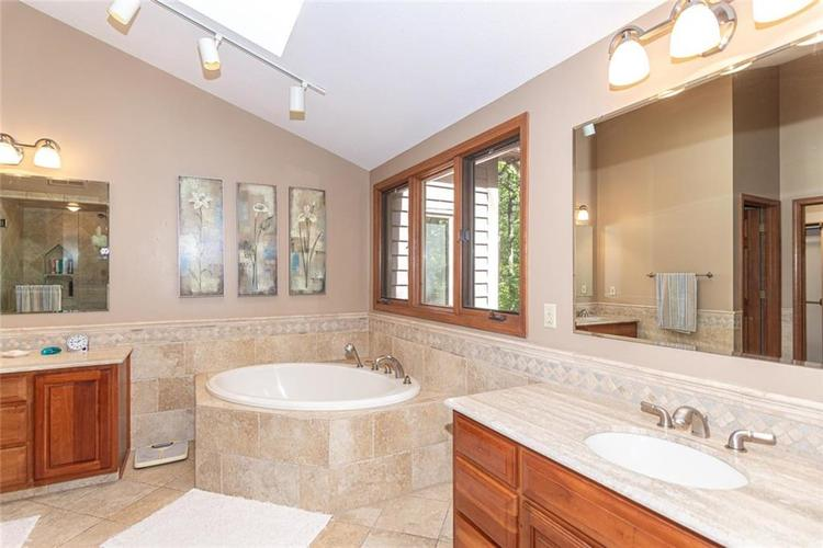 8131 Bounty Court Indianapolis, IN 46236 | MLS 21674127 | photo 19