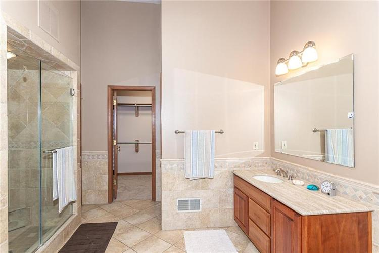 8131 Bounty Court Indianapolis, IN 46236 | MLS 21674127 | photo 20