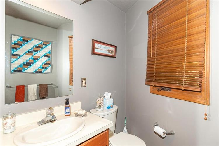 8131 Bounty Court Indianapolis, IN 46236 | MLS 21674127 | photo 21