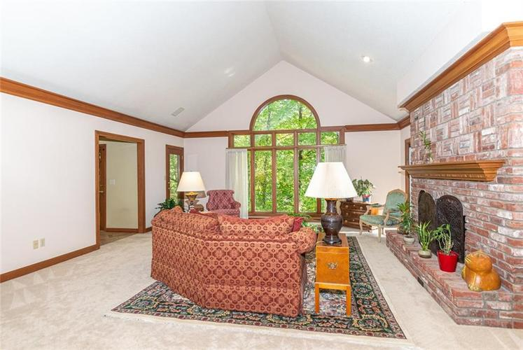 8131 Bounty Court Indianapolis, IN 46236 | MLS 21674127 | photo 8