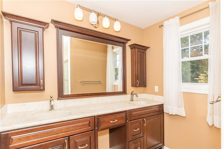 1847 Broad Ripple Avenue Indianapolis, IN 46220 | MLS 21674169 | photo 14