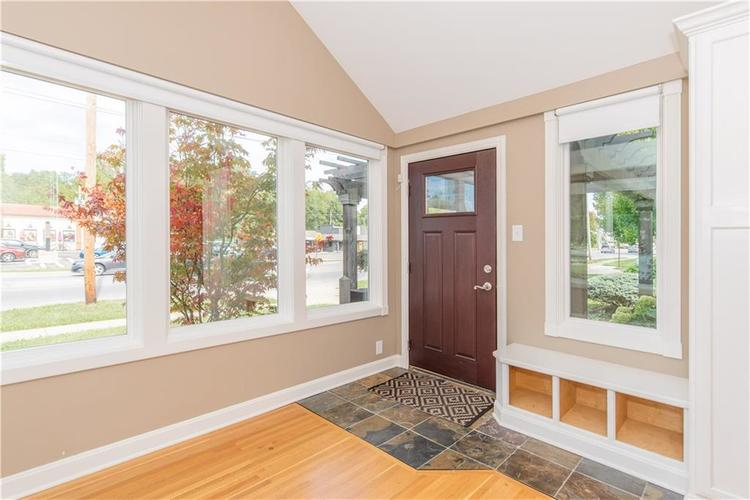 1847 Broad Ripple Avenue Indianapolis, IN 46220 | MLS 21674169 | photo 2