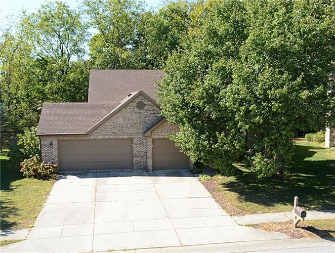 6844 Silver Tree Drive Indianapolis IN 46236 | MLS 21674203 | photo 1