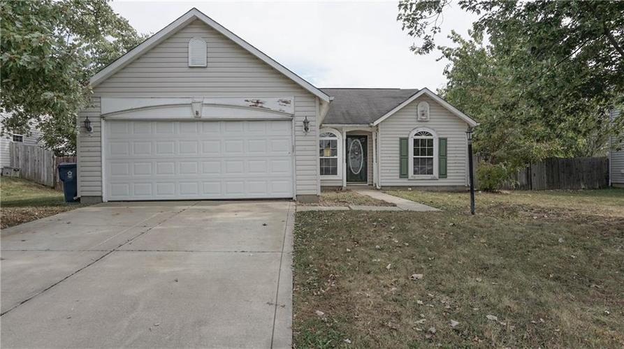 2255 Peter Drive Indianapolis, IN 46229 | MLS 21674230 | photo 1