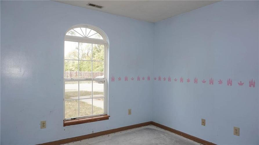 2255 Peter Drive Indianapolis, IN 46229 | MLS 21674230 | photo 20