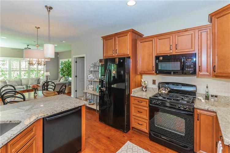 3370 Guilford Lane Plainfield, IN 46168 | MLS 21674243 | photo 14