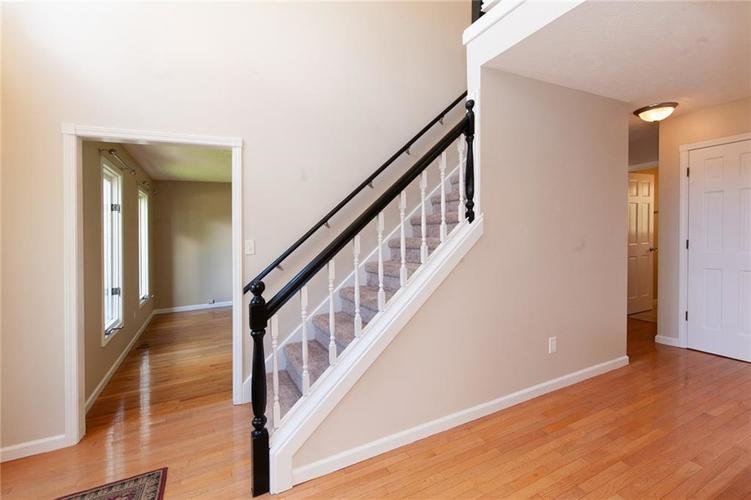 8651 PROMONTORY Road Indianapolis, IN 46236 | MLS 21674273 | photo 10