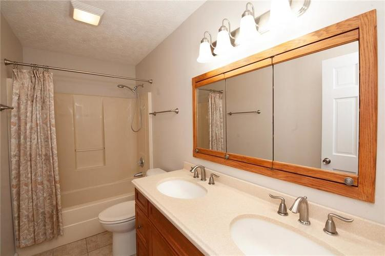 8651 PROMONTORY Road Indianapolis, IN 46236 | MLS 21674273 | photo 35