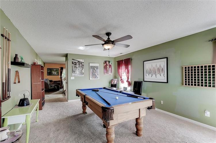 1360 Briar Meadow Court Indianapolis, IN 46217 | MLS 21674289 | photo 7