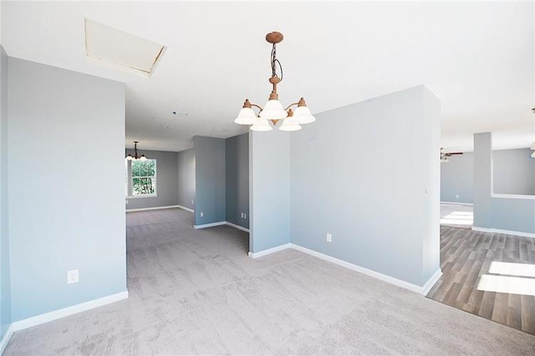 1113 Central Park Boulevard S Greenwood, IN 46143 | MLS 21674317 | photo 13