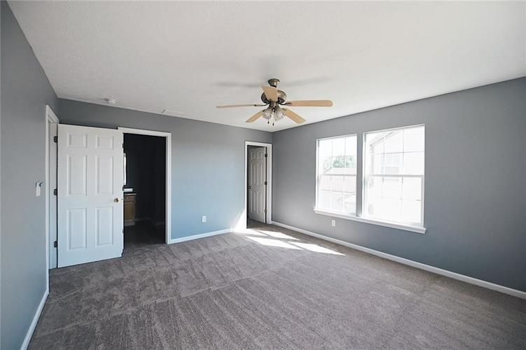 1113 Central Park Boulevard S Greenwood, IN 46143 | MLS 21674317 | photo 19
