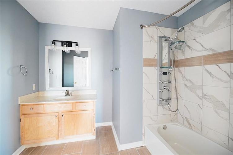 1113 Central Park Boulevard S Greenwood, IN 46143 | MLS 21674317 | photo 20
