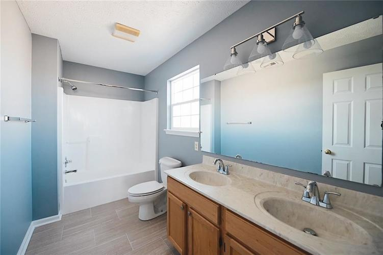 1113 Central Park Boulevard S Greenwood, IN 46143 | MLS 21674317 | photo 27