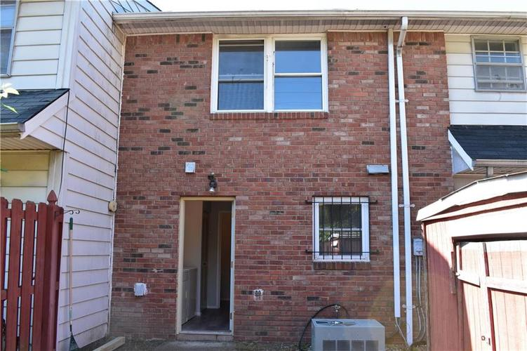 729 FERNDALE Court #729 Indianapolis, IN 46227 | MLS 21674367 | photo 28