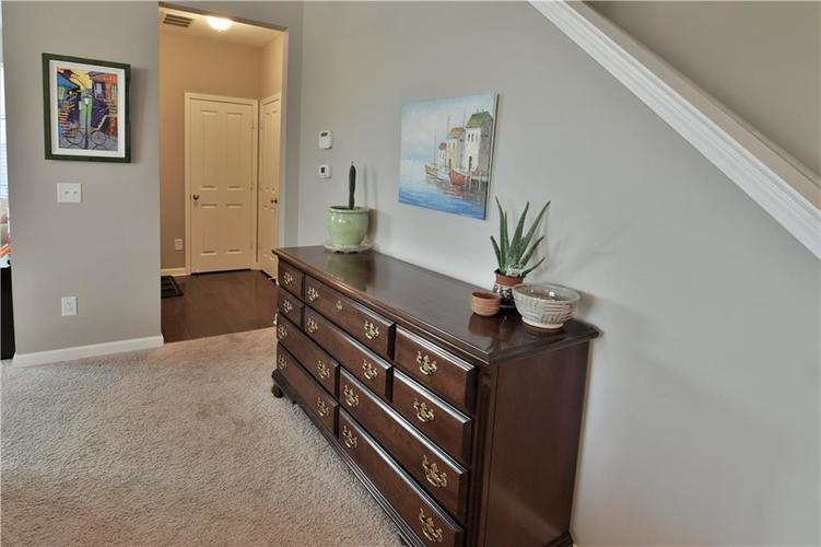 5721 Sly Fox Lane Indianapolis, IN 46237 | MLS 21674380 | photo 11