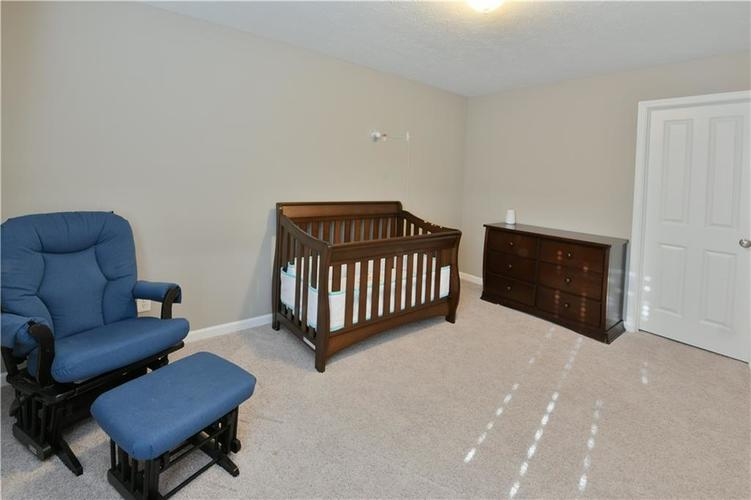 5721 Sly Fox Lane Indianapolis, IN 46237 | MLS 21674380 | photo 17
