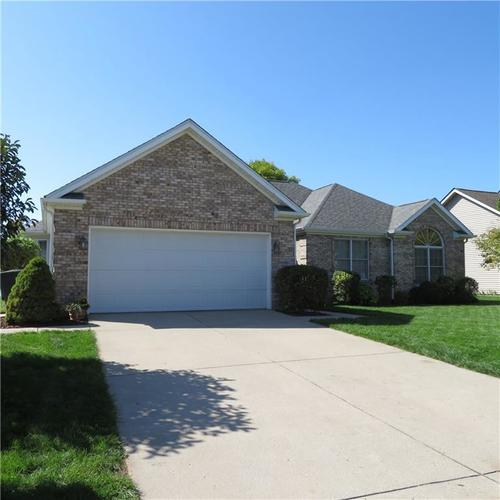 1915  Westminster Place Columbus, IN 47201   MLS 21674407