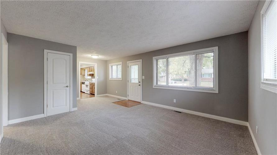 9037 Panorama Court Indianapolis, IN 46234 | MLS 21674459 | photo 10
