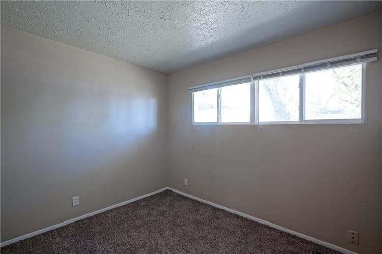 6622 E 47th Street Indianapolis, IN 46226 | MLS 21674476 | photo 15