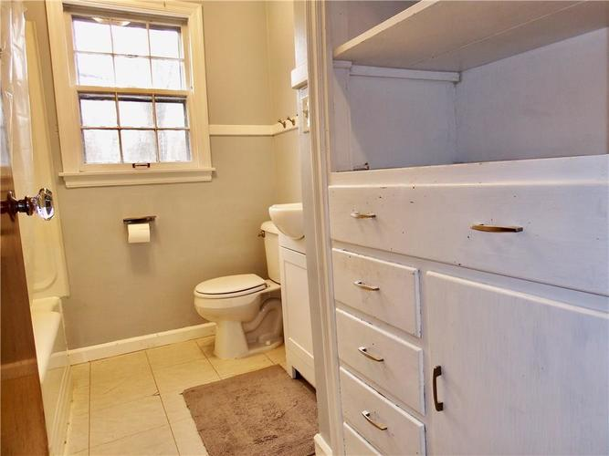 4801 E 42nd Street Indianapolis, IN 46226 | MLS 21674482 | photo 16