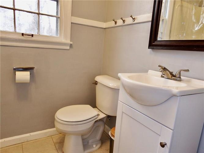 4801 E 42nd Street Indianapolis, IN 46226 | MLS 21674482 | photo 18