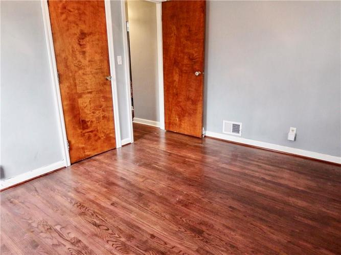 4801 E 42nd Street Indianapolis, IN 46226 | MLS 21674482 | photo 20