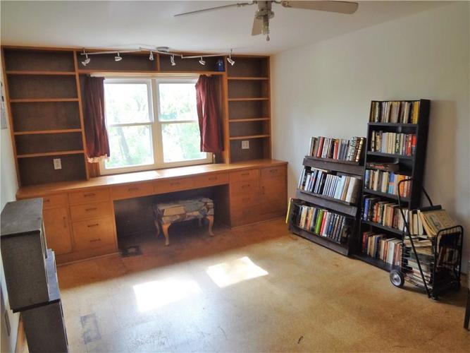 4801 E 42nd Street Indianapolis, IN 46226 | MLS 21674482 | photo 25