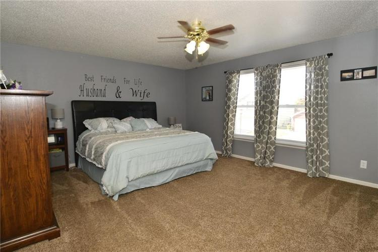 8627 Wheatfield Drive Camby, IN 46113 | MLS 21674537 | photo 28