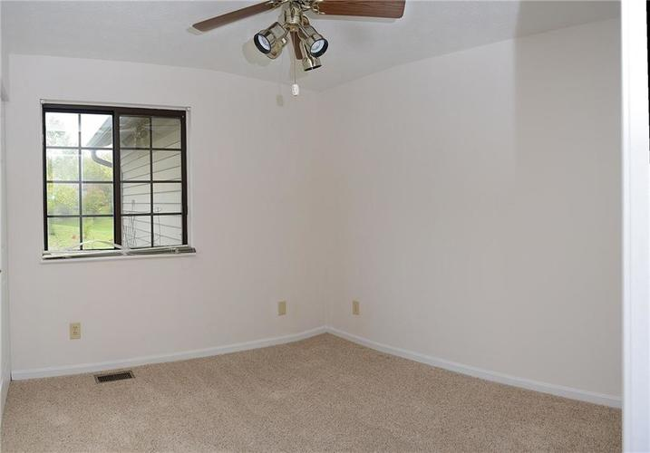 5915 Timber Lake Boulevard Indianapolis, IN 46237 | MLS 21674554 | photo 22